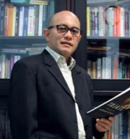 Dr. Jannus TH Siahaan